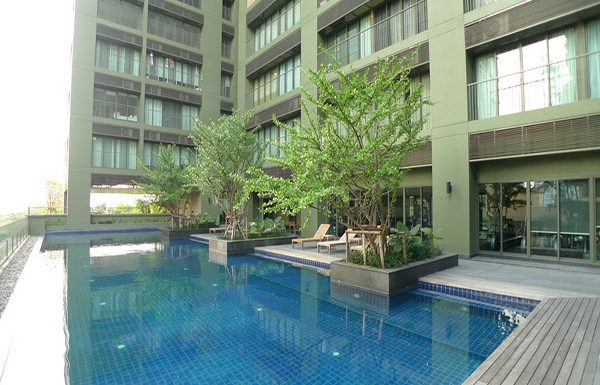 Noble-Solo-Bangkok-condo-sale-swimming-pool-2